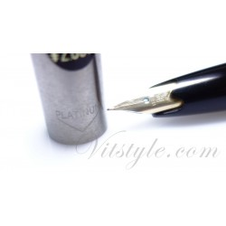 Platinum 18K Gold Soft Nib Fountain Pen / Black