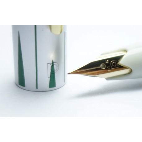 Platinum 14K Gold F nib Fountain Pen Floral
