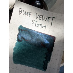 Robert Oster Blue Velvet Storm Shake'N'Shimmy